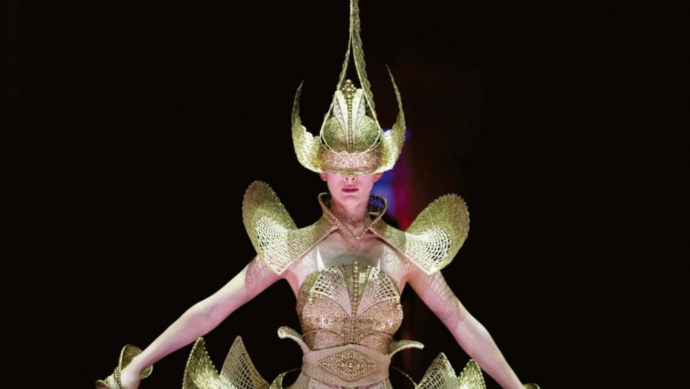 Indonesia Designer Wins Supreme Award at the World of Wearable Art