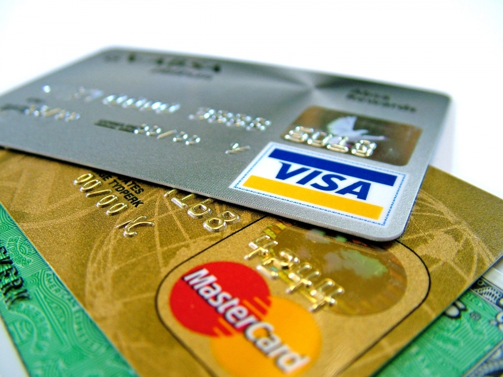 Introducing The First Southeast Asia's E-Commerce Co-Brand Credit Card