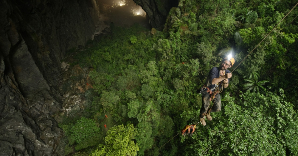 Photos: This cave in Vietnam is so big it can fit a complete city