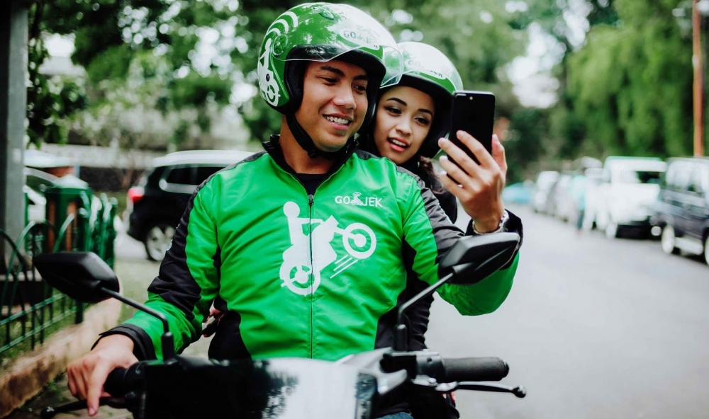 No Grab Monopoly : An Imminent Challenge from Indonesia's Gojek in Southeast Asia