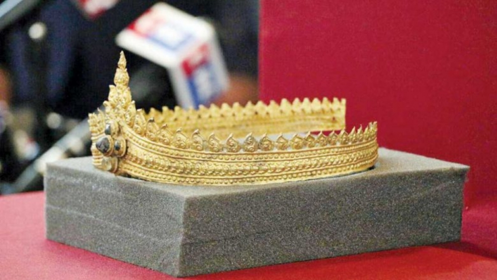 Looted Ancient Angkor Jewellery Returned to Cambodia