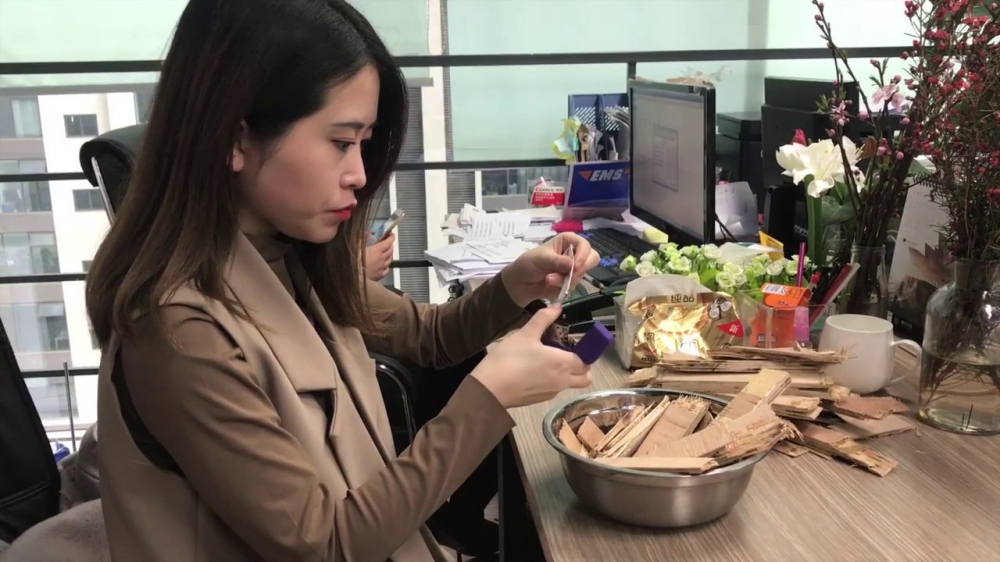 This Quirky Office Chef is Asia's Newest Internet Celebrity