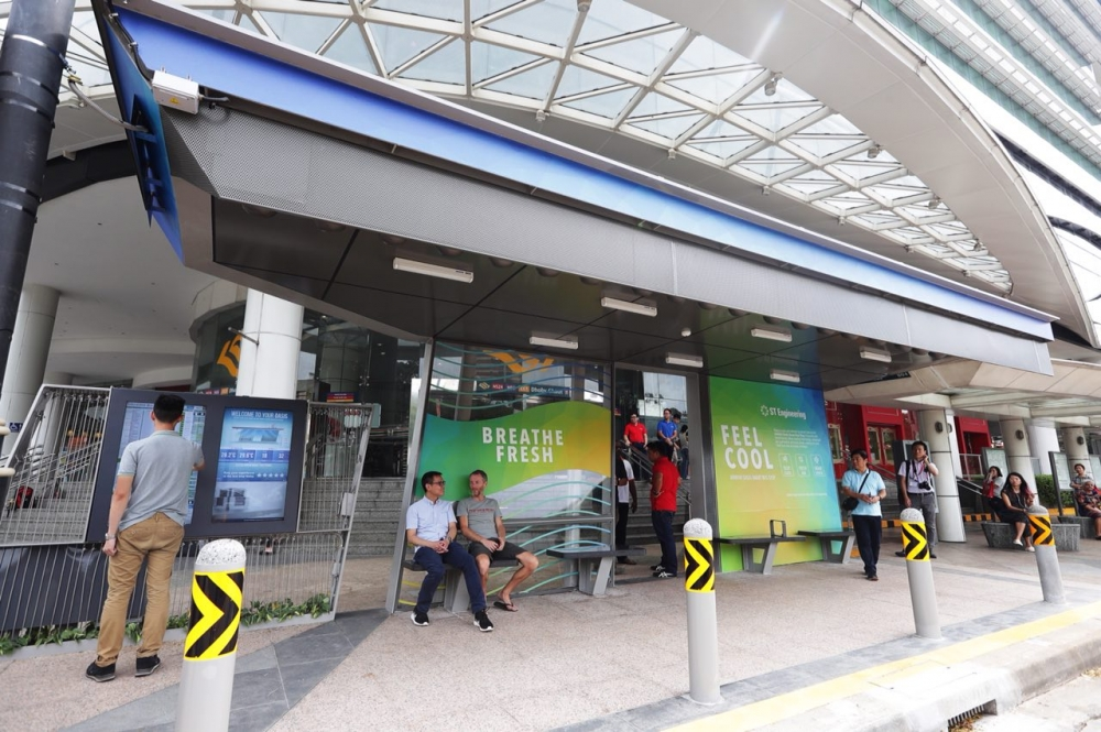 World's First 'Smart' Bus Stop Tested in Singapore