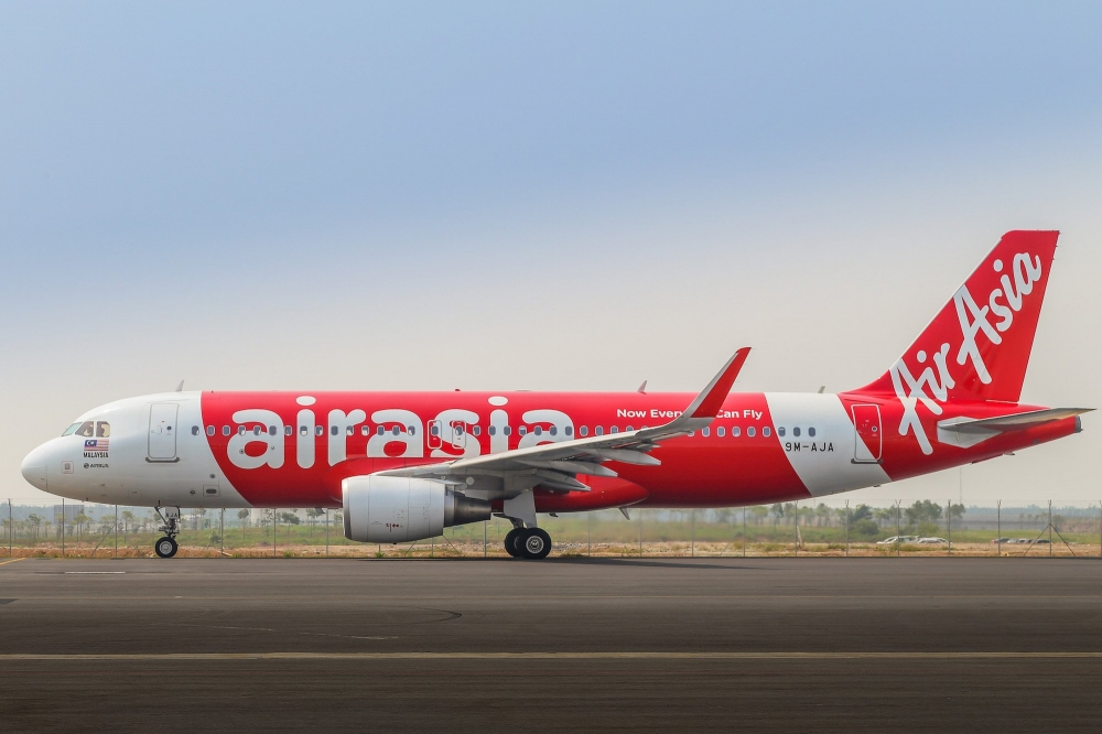 AirAsia To Go Completely Cashless In Future