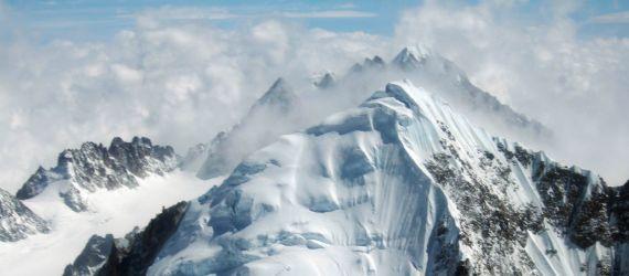 (Photos) Meet The Southeast Asia's Highest Peak